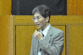 「電気化学的手法を用いるフレキシブル透明導電ナノ構造材料の創製」千葉大学大学院 融合科学研究科 教授 星野勝義